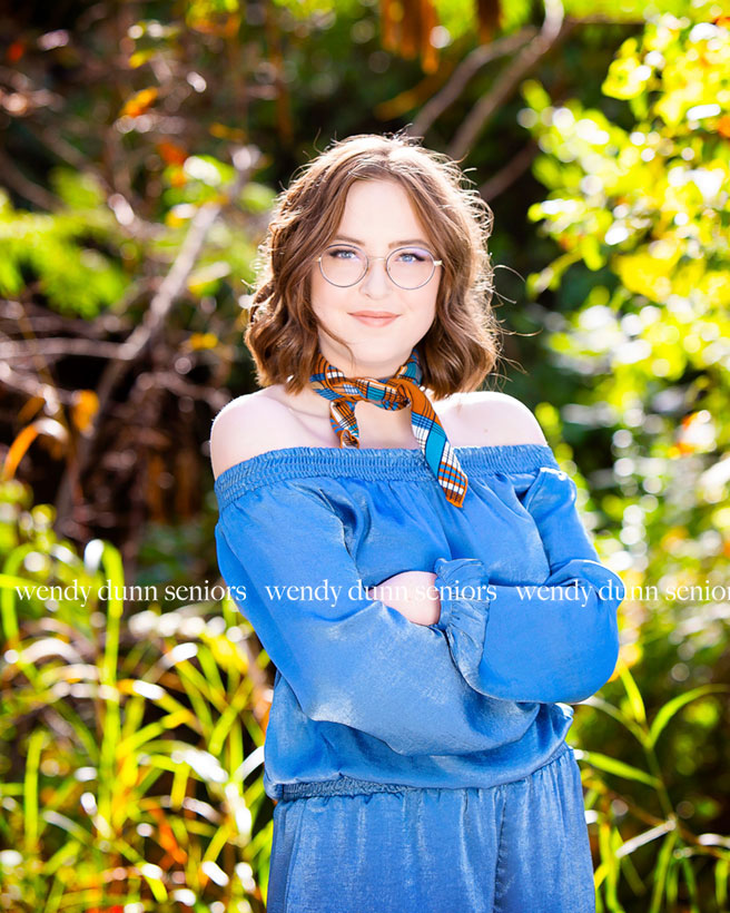 outdoor-senior-photography-session